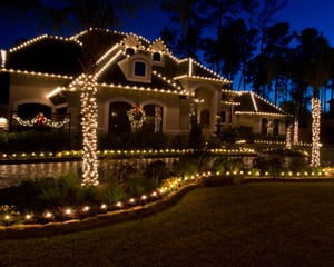 Hang Christmas Lights like a Pro with Manlift Rentals