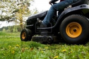 Benefits of Renting Lawn Mowers